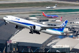 Photo ID: 2260080 Views: 5258 All Nippon Airways - ANA Boeing 777-381/ER (JA733A) shot at Los Angeles - International (LAX / KLAX) USA - California December 28, 2012 By Juan Carlos Guerra