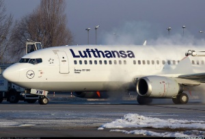 Photo ID: 2255064 Views: 430 Lufthansa Boeing 737-330 (D-ABXW) shot at Warsaw - Okecie / Frederic Chopin (WAW / EPWA) Poland April 8, 2013 By Cezary Leszczynski